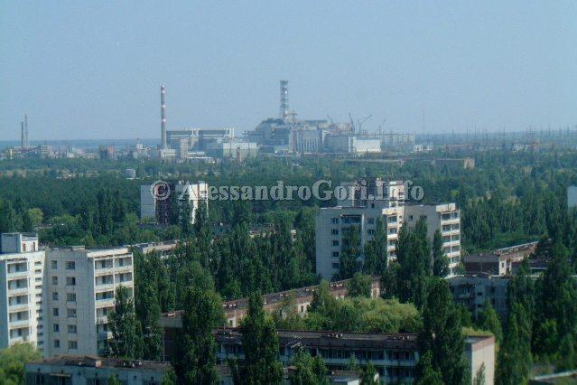 """25 anni da Černobyl' / Chernobyl: mio reportage dalla """"Zona"""""""